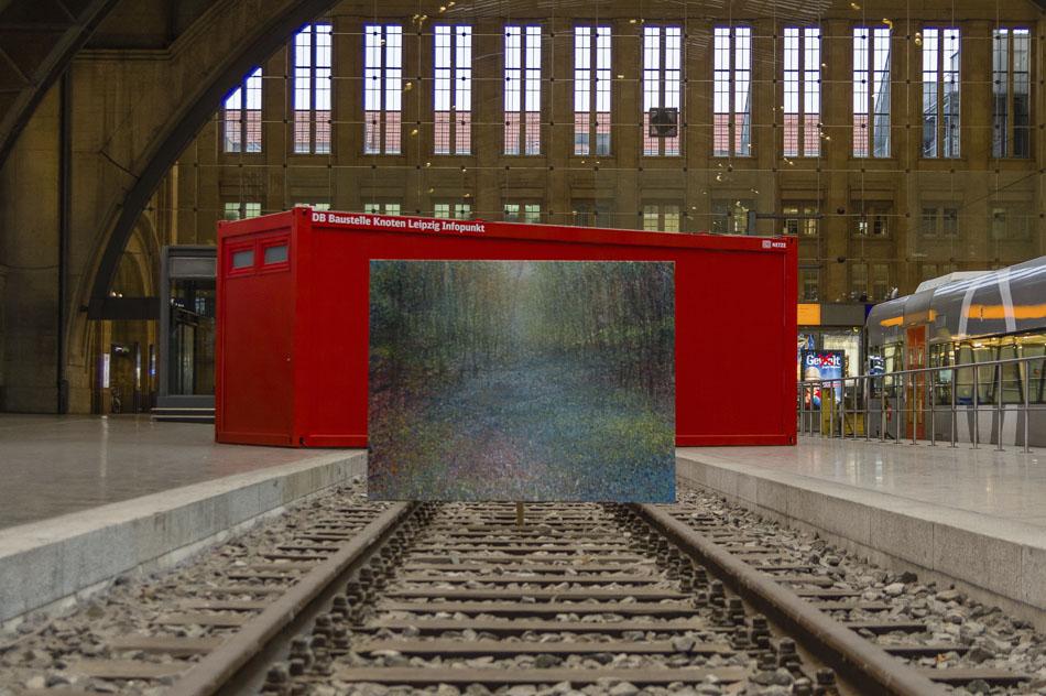 David Komander, Intervention 2015, Leipzig Bahnhof, Painting 2013, oil/canvas 150x190cm, Photo:Urban Peters